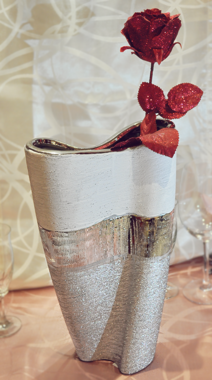 Vase mit Deko und Lichterkette DEKOVASE Höhe ca 22 cm Festliche Dekoration